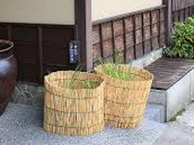 【ビオトープ】陶器の睡蓮鉢を・・・板とか挟んだほうがいい?