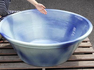 【ビオトープ】弱い地震でも睡蓮鉢は形状からヤバい?